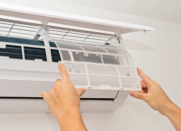 Most of us are familiar with the standard split central air conditioning systems – the AC unit outside and the furnace or air handler inside. But are you familiar with a ductless air conditioner? These ductless, mini-split air conditioners are amazing.